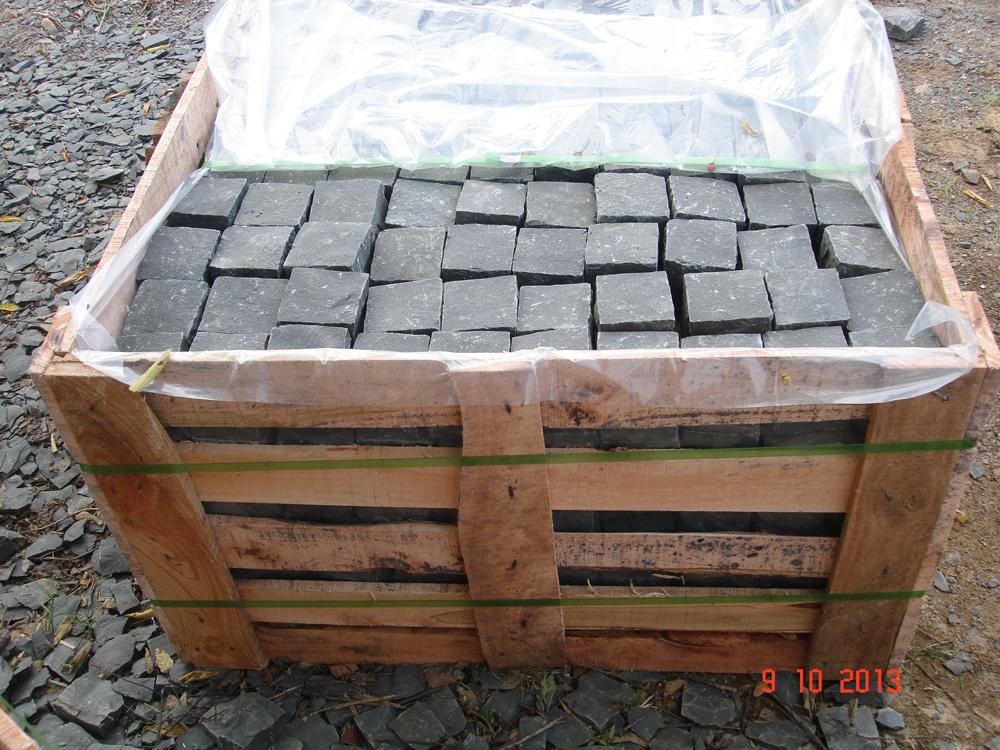Japanese basalt cubic_2